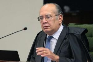 POLÍTICA  Gilmar Mendes é o relator de reclamação sigilosa de Flávio no caso Queiroz